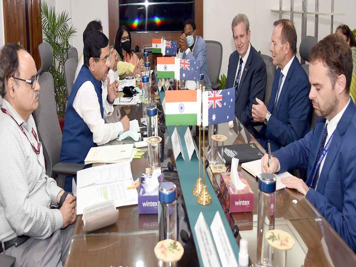 Australian delegation calls on Union Minister Pralhad Joshi
