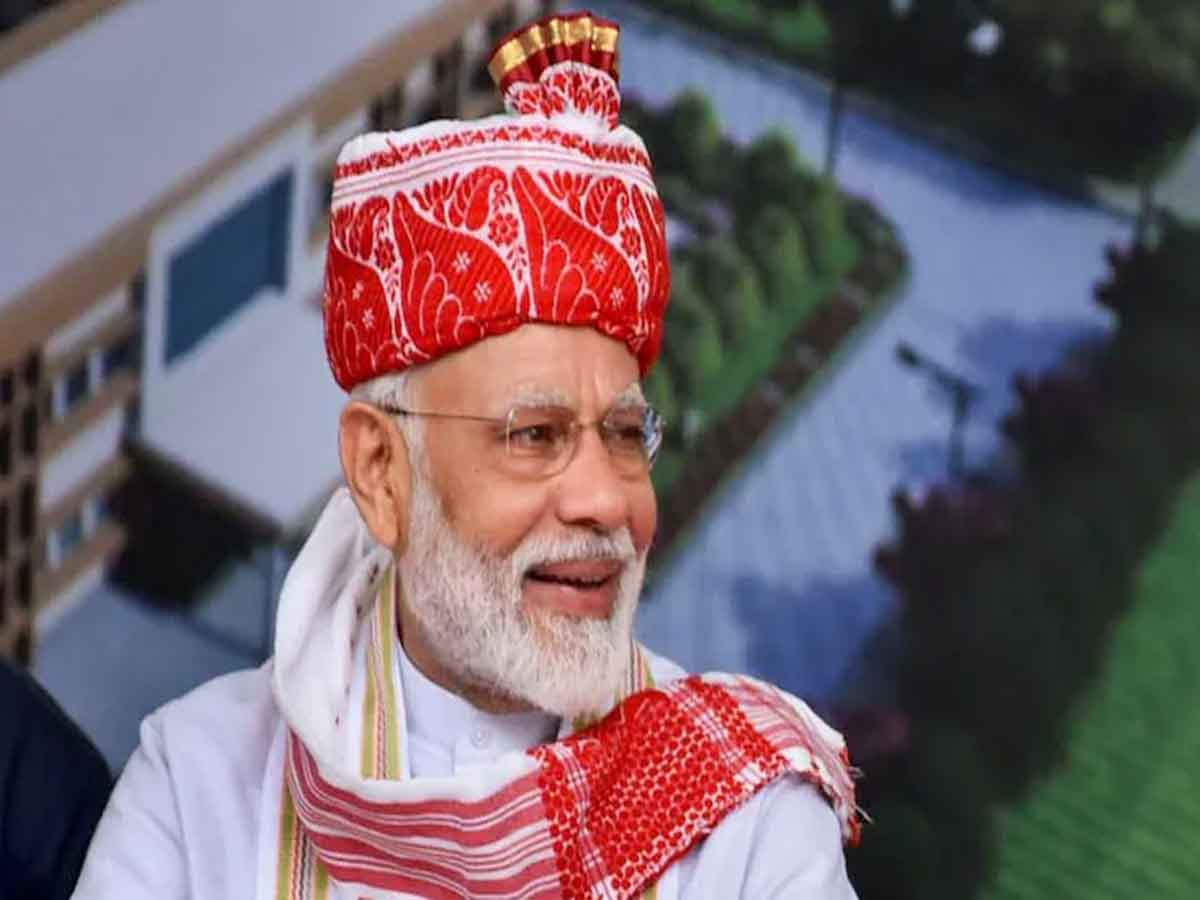 PM Narendra Modi greets people on Hindi Diwas..